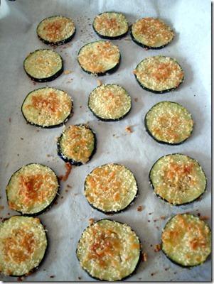 Zucchini Parmesan Crisps (3)_thumb[1]